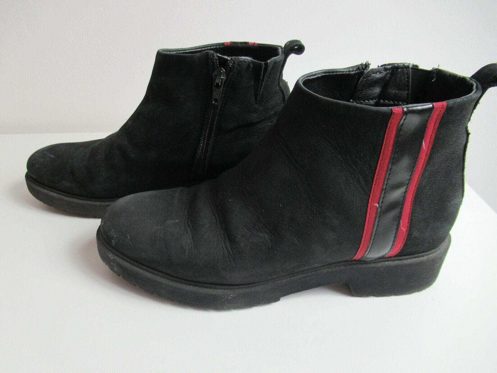Damen - Frauen Schuhe Gr. 38 Schwarz  / flacheStiefelletten / Sneaker / Boots