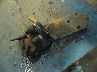 1974 Farmall 966 Diesel Farm Tractor Hydraulic Outlet Coupler Block Assembly