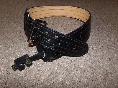 Gould Goodrich Size 30 Leather 4 Row Stich 2-14 Width Duty Belt
