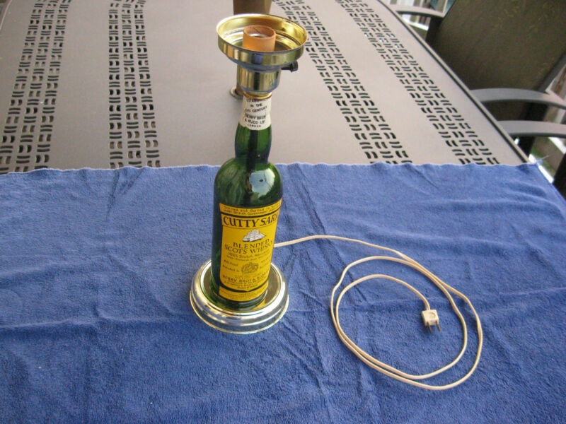 Cutty Sark vintage bar lamp