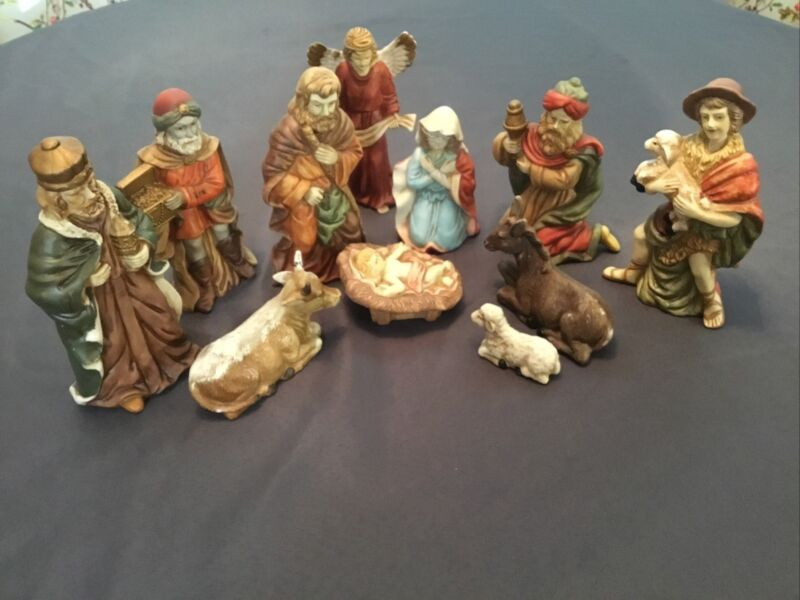 11pc House Of Lloyd 1989 Nativity Figurines Excellent Condition