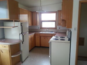 **Charming South Side 3 Bedroom House-2114-16 Avenue South**