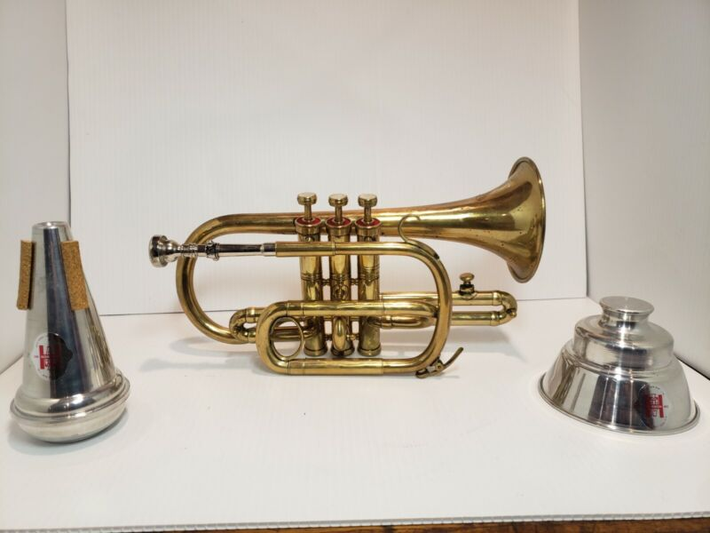 Dillon Piccolo Trumpet with mutes case cleaning kit