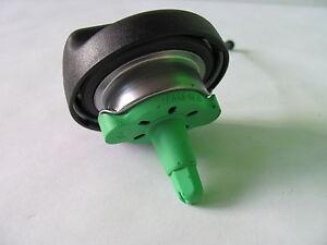 Tappo-del-serbatoio-benzina-BMW-E60-E61-E81-E82-E87-E90-E91-E92-X5-X6-X1