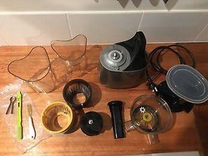 Hurom HU-500 Cold Pressed Juicer Bondi Eastern Suburbs Preview