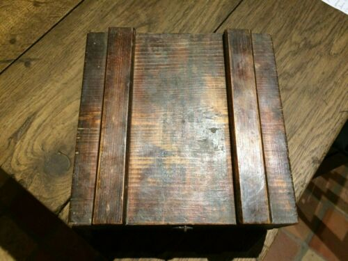 Small Case German Wood, 14/18 Dated 1917 Artillerie Bavaria