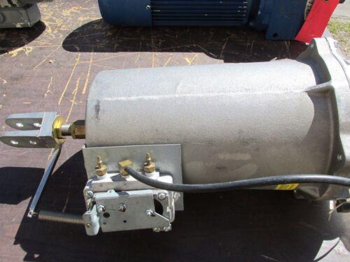* Damper Actuator / Gearbox Cat# D-3246-5100                 .. VW-201