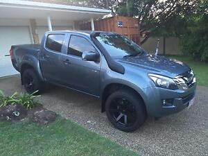 Isuzu Dmax Lsm 4x4 5speed 76000 Worongary Gold Coast City Preview