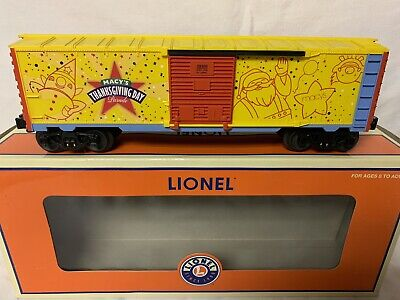 LIONEL MACY'S THANKSGIVING PARADE BOXCAR 6-39309 FOR O GAUGE TRAIN SET CHRISTMAS
