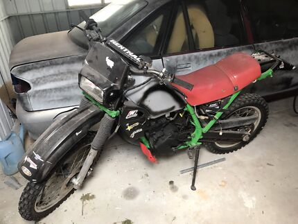1988 Kawasaki 250 road trail water cooled