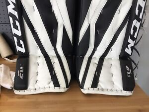 CCM E3.9 Goalie Pads with Extreme 3 Pro Trapper, and Blocker
