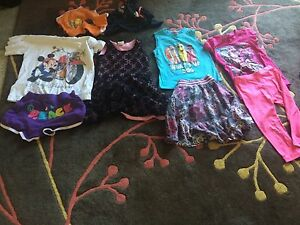 Whole lot of girls clothes