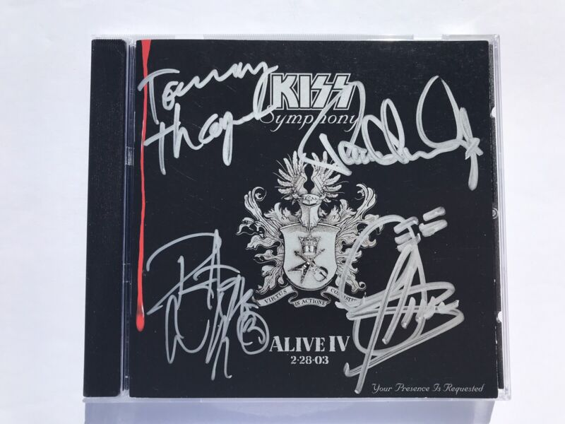 KISS Symphony CD Booklet - Signed By Entire Band on 7/23/03 @ Best Buy NYC
