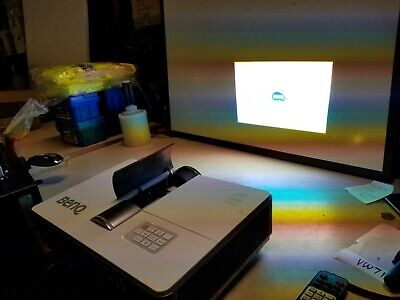 BenQ MH760 / Pro Projector Works perfect- has some damage