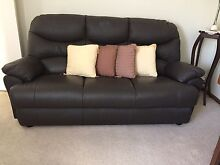 Leather lounge suite Mount Austin Wagga Wagga City Preview