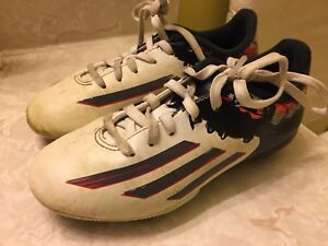 Kids Adidas Messi soccer cleats size 1