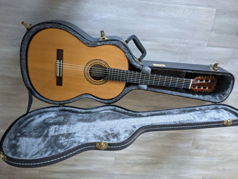 Manuel Rodriguez e Hijos Model E Classical Guitar