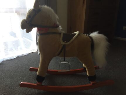 Rocking horse with sound & movement