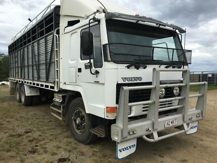 Volvo FL7 Body Truck & Stock Crate