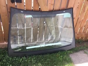 Windshield ford edge / lincoln mkx