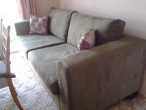 Sofa lounge Aberfoyle Park Morphett Vale Area Preview