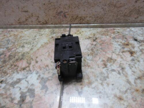 MATSUSHITA CONTACTOR ZNR AC 100V 09 V M4 34X48-56 TONGIL SAEILO MACH 3A CNC MILL