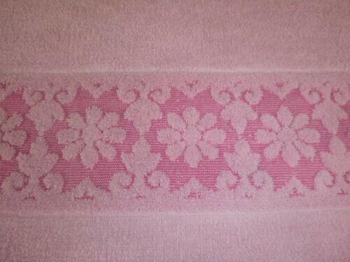 Vtg Solid Pink Sculpted Floral Daisy Border Bath Towel NO Tag