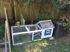 Outdoor Rabbit / Guinea Pig Hutch Bensville Gosford Area Preview