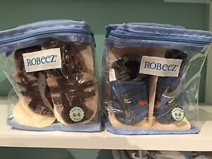 Used Robeez leather baby slippers 0-6 months