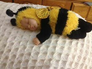 Anne Geddes baby bumblebee collectable $50