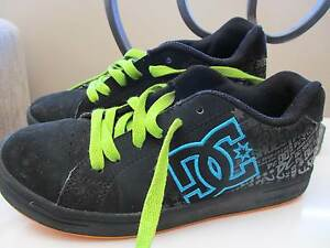 Boys  DC Skate Shoes Size US4 / Eur 35 Woodvale Joondalup Area Preview