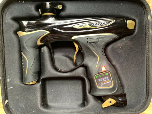 Limited Dye M2 Paintball Marker - Black/Gold