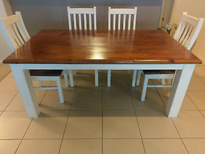 Shabby chic Dining Table (only) Maudsland Gold Coast West Preview