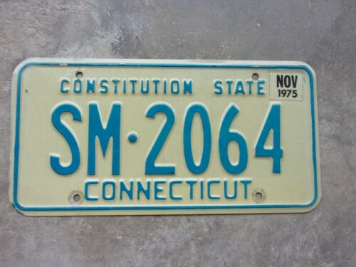Connecticut 1975 license plate  #  SM - 2064