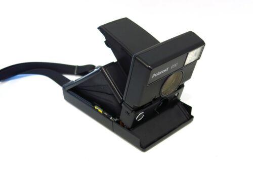 Near Mint Polaroid 690 SLR camera & strap - Film Tested, works great