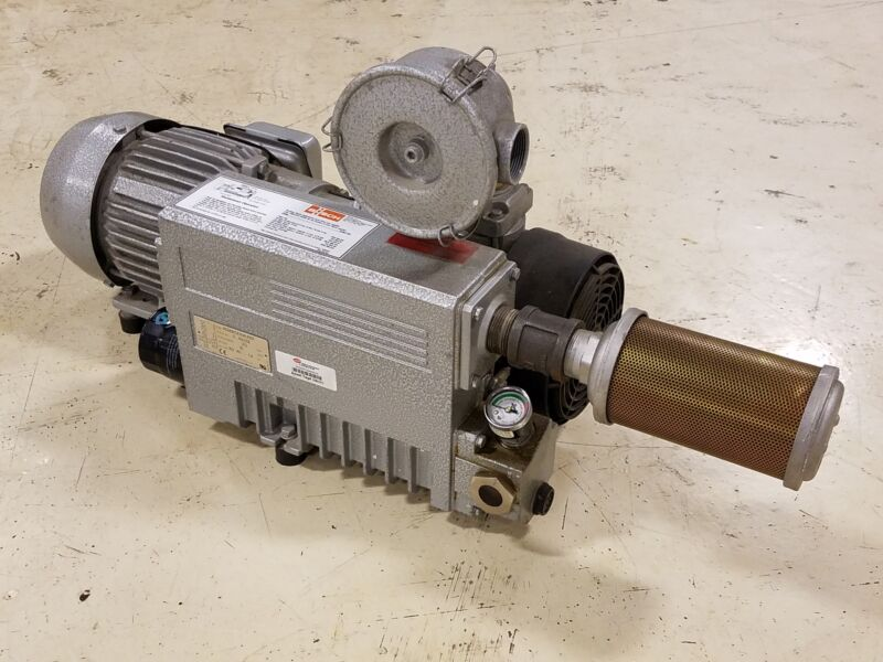 Busch RC0025.E506.1001 - 1.5 HP - 20 CFM Vacuum Pump