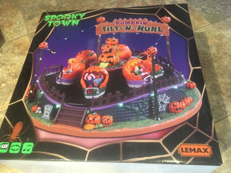 LEMAX Pumpkin Tilt N Hurl SPOOKY TOWN -Holiday Village Animated & Sound