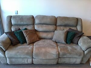 Freshly Steam Cleaned Sofa With 2 Recliners Waterloo Inner Sydney Preview