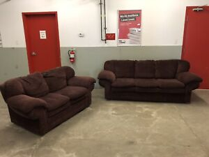 Living Room Set Couch & Love Seat ***Free Delivery Included***