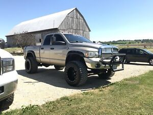2005 Dodge 2500 Cummins 6speed manual