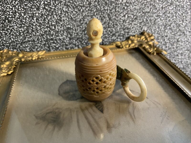 Antique Victorian Carved Tape Measure With Stanhope Of Capitol In Washington