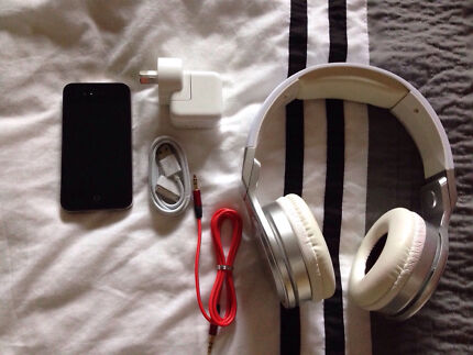 Apple iPhone 4 As New Excellent Condition Holden Hill Tea Tree Gully Area Preview