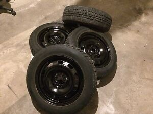 185/65/15 (.  5x100) winter tires with rim