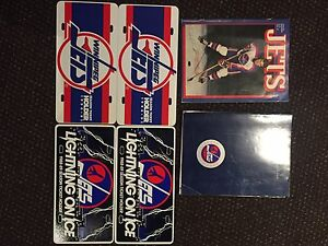 Old school Winnipeg Jets memorabilia   Dale hawerchuk signed