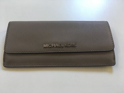 Michael Kors Wallet Blue Flat Mk Bags Gumtree Australia Liverpool Area 1187553692