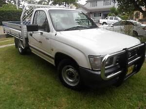 1998  TOYOTA HILUX 2.7 EFI 1 OWNER STILL LIKE NEW LOG  BOOKS Merrylands Parramatta Area Preview