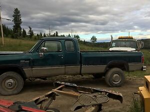 1993 dodge 250 4x4 diesel  cab and box for sale