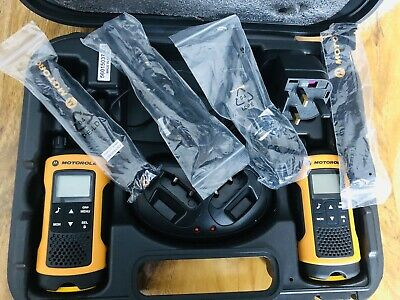 Motorola TLKR T80 Extreme Walkie Talkies - Boxed pair with charging unit