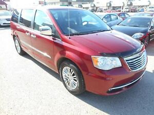 2011 Chrysler Town & Country Limited Leather/DVD/Nav