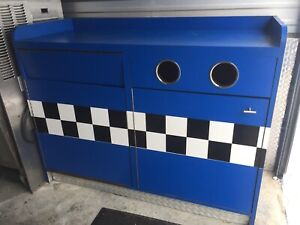 Garbage Recycling Stations - Great for any fastfood diner